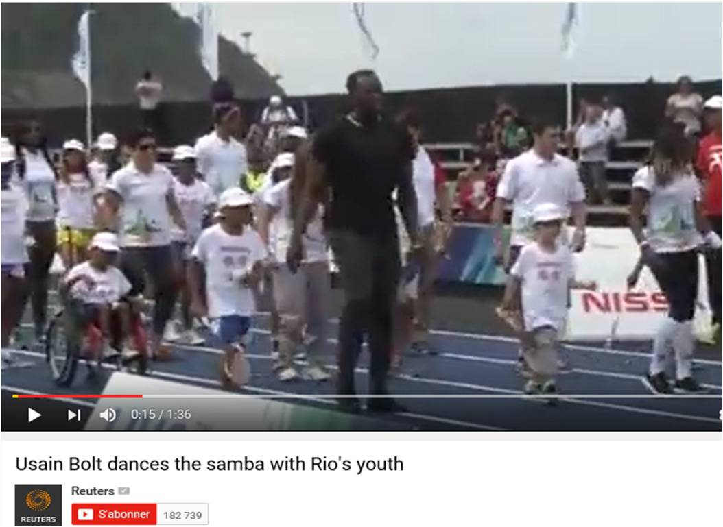 Usain Bolt dances samba with Rio's youth – Reuters (EN) – Agosto 2014